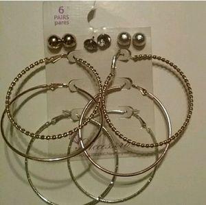 Earrings 6 PAIRS New!